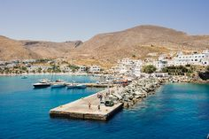 01_Wedding in Folegandros port.jpg