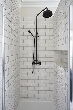 20+ Black Shower Fixtures Ideas For Your Modern Bathroom