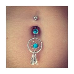 belly button piercing