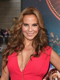 Kate del Castillo at event of The Book of Life (2014) http://www.movpins.com/dHQyMjYyMjI3/the-book-of-life-(2014)/still-3958176256