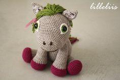 MODELLO Pony ragazza Leila uncinetto amigurumi di lilleliis, $6.50