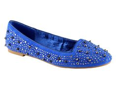 Hardcore studded flats. Love these! #fashion http://www.ivillage.com/cheap-flats-boat-shoes-ballet-shoes-comfortable/5-b-523857#523855
