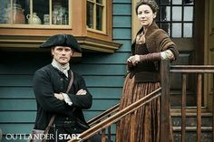 Jamie & Claire from the Outlander series Claire Fraser, Jamie Fraser, Jamie And Claire, Outlander News, Outlander Season 4, Outlander Quotes, Outlander Tv Series, Sam Heughan Outlander, Outlander Knitting
