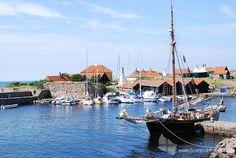 Segelschiff im Hafen von Christiansø (Ertholmene) #hafen #segelschiff #christiansoe #erbseninseln #ertholmene