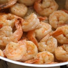 foods videos Shrimp scampi is succulent seafood and tomatoes mixed in a tangy lemon garlic butter sauce which pairs nicely with angel hair pasta. Shrimp Dishes, Fish Dishes, Pasta Dishes, Fish Recipes, Seafood Recipes, Cooking Recipes, Healthy Recipes, Baked Shrimp Recipes, Seafood Appetizers
