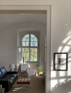 Interior Architecture, Interior And Exterior, Interior Design, Cheap Modular Homes, Natural Home Decor, Living Room Inspiration, Cheap Home Decor, Home Remodeling, Dream Homes