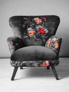 Sessel Gobelin design inspiration on Fab. Funky Furniture, Furniture Design, Vintage Furniture, Chair Design, Bedroom Furniture, Floral Furniture, Bohemian Furniture, Dark Furniture, Bedroom Chair