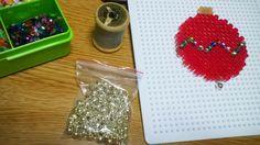TUTORIAL: bola navideña de hama beads.