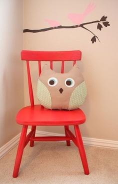 little red chair Silla para el escritorio de Felipe