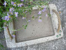 Lace and decorate Vikky - vases. Cement Art, Concrete Cement, Concrete Crafts, Concrete Projects, Concrete Design, Summer Crafts, Diy And Crafts, Diy Concrete Planters, Papercrete