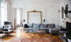 During my Sunday morning interior hunting, which is quickly becoming a weekend ritual, I came across this beautiful Parisian apartment....