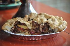 deep dish cranberry apple walnut pie