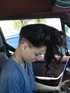 "jah-feel: "" My girlyfriendsZz new hair Do : undercut babe "" New Hair Do, My Hair, Undercut Hairstyles, Pretty Hairstyles, Short Hair Styles, Natural Hair Styles, Shaved Hair, Crazy Hair, Hair Designs"