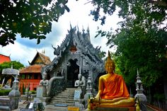 Check out these gorgeous Thai temples