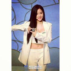 "52 Likes, 1 Comments - @yolanda31938 on Instagram: ""#T_ARA  Hyomin ❤  2017.06.14 'What's My Name?"" #Showcase  #Comeback  #티아라  #은정 #지연 #효민 #큐리…"""