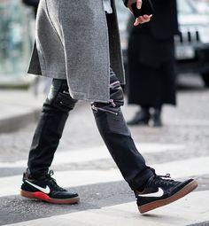 Balmain. Nike #sneakers #fashion