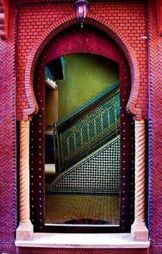 Amazing Islamic Architecture & Calligraphy #unusualhomes #architecture