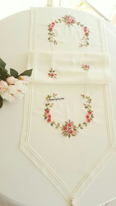 Getting to Know Brazilian Embroidery - Embroidery Patterns Hand Embroidery Videos, Ribbon Embroidery, Cross Stitch Embroidery, Embroidery Patterns, Doll Clothes Patterns, Clothing Patterns, Sewing Patterns, Sewing Tutorials, Sewing Projects