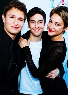 The fault in our stars cast! (: