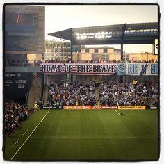Home of the Brave Sporting Kansas City, Soccer Guys, Home Of The Brave, Park, Sports, Hs Sports, Sport, Soccer Players, Football Boys