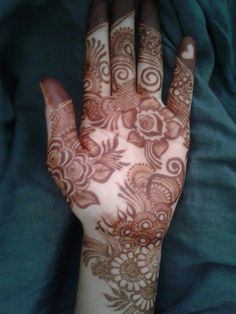 Khafif Mehndi Design, Floral Henna Designs, Finger Henna Designs, Mehndi Designs For Beginners, Mehndi Design Photos, Dulhan Mehndi Designs, Henna Tattoo Designs, Mehandi Designs, Mehndi Images