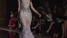 Tony Ward Couture Fall Winter 2016/17 Fashion Show - Paris - Para madrinhas e festas de gala