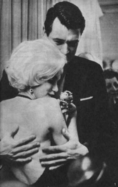 Marilyn with Rock Hudson at the Golden Globe Awards, March 5th 1962.