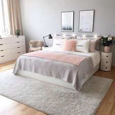 Comfortable Apartment Bedroom Decor Ideas decorating the apartment bedroom is challenging. Since it is a minimalist bedroom, you need to be wiser in applying the idea of room decoration. Diy Zimmer, Apartment Bedroom Decor, Bedroom Furniture, Cheap Furniture, Black Furniture, Furniture Ideas, Pink Bedrooms, Small Bedrooms, Bedroom Pictures