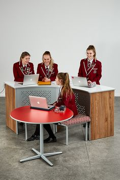 Maximise your comfort and productivity with stylish and practical tables like the Endeavour Table through Furnware. Modern Classroom, The Endeavour, School Desks, Group Work, Learning Spaces, Whiteboard, Small Groups, Problem Solving