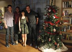 """Jess' (Zooey Deschanel) green dress from the """"Christmas"""" episode of NEW GIRL on FOX."""