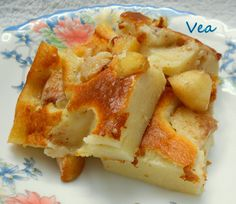 Vea - Receptgyűjtemény: Őszibarackos tejes pite - Blogkóstoló 18. - - - - 5 tojás, 1 liter tej Macaroni And Cheese, Waffles, French Toast, Baking, Breakfast, Ethnic Recipes, Food, Morning Coffee, Mac And Cheese