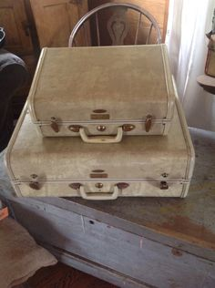 Vintage Samsonite Luggage ad, 1950s. #vintage #travel #suitcases ...
