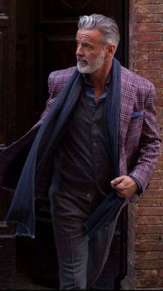 31 Casual Business Outfit for Working Men is part of Older mens fashion - Ultimately, business casual attire is about making choices You'll need one for just about each normal business casual outfit, so […] Mature Mens Fashion, Old Man Fashion, Mens Fashion Suits, Suits For Mature Men, Mature Men Style, Older Men Style, Men's Fashion, Business Casual Attire, Business Outfits