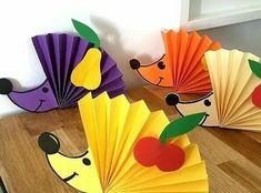 1 непрочитанный чат Easy Crafts For Kids, Toddler Crafts, Diy For Kids, Diy And Crafts, Arts And Crafts, Nature Crafts, Fall Crafts, Front Door Christmas Decorations, Cute Fruit