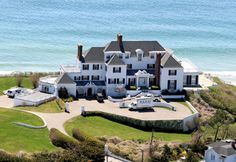 Taylor's beach house - the songs that will come from here... She is a national treasure