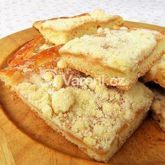 Jemný meruňkový koláč s drobenkou recept - Vareni.cz Apple Pie, Food, Bakken, Essen, Meals, Yemek, Apple Pie Cake, Eten, Apple Pies