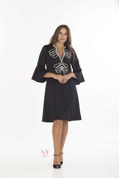 6c90f75dd4b6 19-20627 Μαύρο Εκρού Φόρεμα midi scuba crep με κόψιμο Μάο