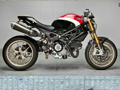 Ducati Monster Pikes Peek.