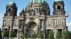 Berlin! Du bist so wunderbar! Quem diria, depois dessa visita eu acabaria morando por alguns meses nessa cidade absurda! #TBT #Berlin #2013