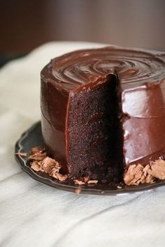 Gluten free chocolate cake with creamy ganache Food Cakes, Cupcake Cakes, Sweet Recipes, Cake Recipes, Chocolate Recipes, Bolo Chocolate, Chocolate Ganache, Let Them Eat Cake, Cake Cookies