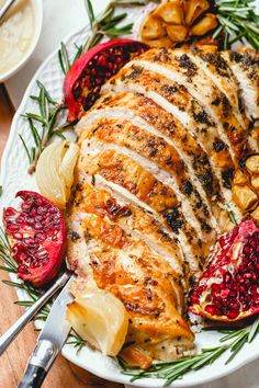Roasted Turkey Breast with Garlic Herb Butter – An epic Thanksgiving holiday meal! This herb butter roast turkey breast is juicy, tender, with an extra crispy skin. Garlic herb butter is smea… Thanksgiving Recipes, Holiday Recipes, Thanksgiving Holiday, Holiday Meals, Christmas Dinner For Two, Christmas Turkey, Winter Christmas, Gourmet Recipes, Cooking Recipes