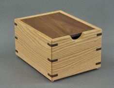Wooden Crates For Sale, Large Wooden Box, Small Wood Box, Wooden Spoon, Recipe Cards, Recipe Box, Woodworking Crafts, Woodworking Plans, Woodworking Shows