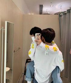 Korean Boys Ulzzang, Cute Korean Boys, Ulzzang Couple, Cute Gay Couples, Cute Couples Goals, Couple Goals, Tumblr Gay, Gay Aesthetic, Couple Aesthetic