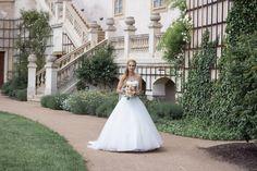 Svatební šaty a kytice  Markéta + Jakub - Couple Memory Memories, Couples, Wedding Dresses, Fashion, Memoirs, Bride Dresses, Moda, Souvenirs, Bridal Gowns