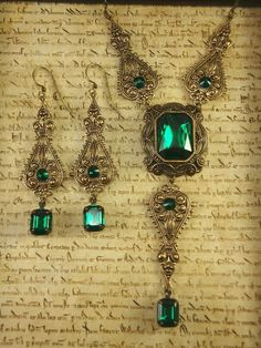 Anastasia necklace and earrings set in Emerald-emerald jewelry, emerald necklace, vintage emerald necklace, emerald earrings