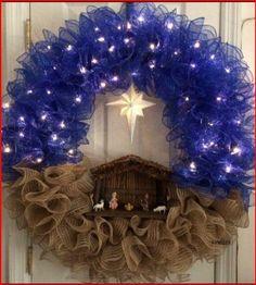 Wreath Crafts, Diy Wreath, Holiday Crafts, Wreath Ideas, Holiday Ideas, Christmas Ideas, Diy Christmas Projects, Burlap Wreath, Tulle Wreath Tutorial