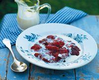 Stikkelsbærgrød med fløde Scandinavian, Sweet Tooth, Pudding, Garden, Garten, Custard Pudding, Lawn And Garden, Puddings, Gardens