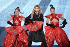 "Madonna gravará DVD da ""Rebel Heart Tour"" na Austrália #Cantora, #Madonna, #Noticias, #Pop, #Popzone http://popzone.tv/2016/03/madonna-gravara-dvd-da-rebel-heart-tour-na-australia.html"