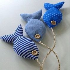 I need some twine., and some catnip. probably more stuffing too. Product shots for fabric fishy bunch in blue. sweet marine fish mobile--would make these toys filled with catnip for my cat. The Apple Cottage Company sweet marine fish mobile-this website i Beach Crafts, Diy And Crafts, Arts And Crafts, Fabric Toys, Fabric Crafts, Sewing Toys, Sewing Crafts, Sewing Clothes, Fabric Fish