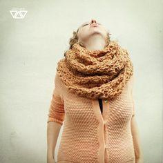 nut  crochet shawl van diEnes op Etsy, €25.00